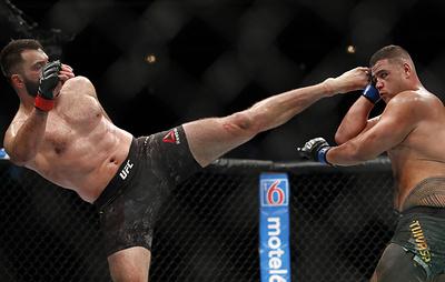 Экс-чемпион UFC Орловский заявил, что не собирается в ближайшие годы заканчивать карьеру