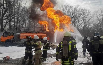 В Барнауле загорелась автозаправочная станция