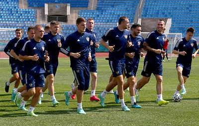 Сборная России по футболу прилетела в Копенгаген на матч Евро с датчанами