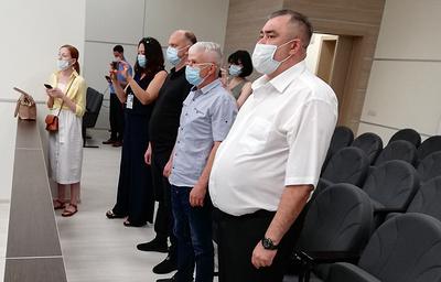 Полицейских, обвиняемых в изнасиловании в Уфе, осудили на сроки от 5,5 до семи лет колонии