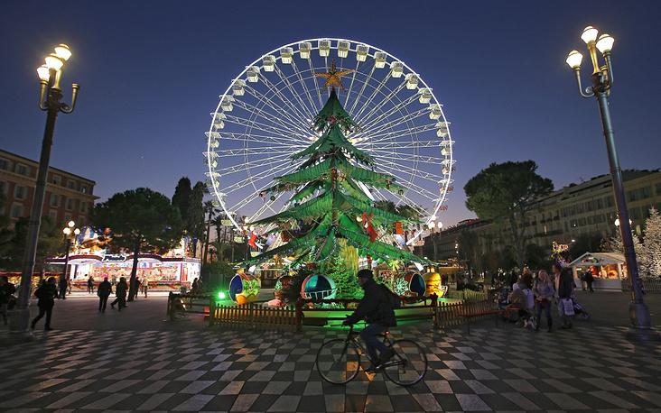 Christmas tree in Nice
