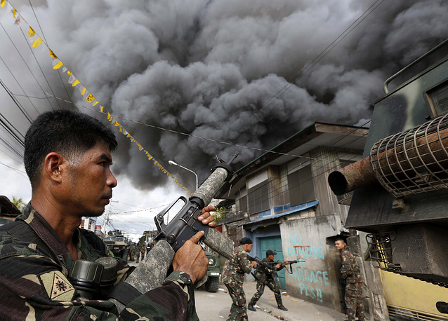 Clashes between governmental forces and insurgents in south Philippines. September 12, 2013.