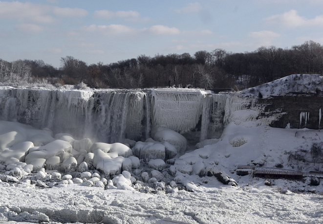 View of Niagara Falls, covered with ice