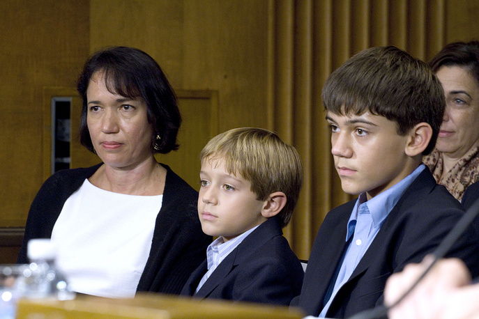Head of US diplomatic mission explained his decision to leave by a longtime separation with his wife and sons that are currently in the US. Photo: from left, wife Donna and sons Luke and Cole