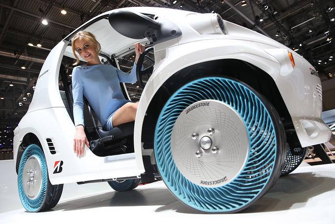 "Bridgestone ""Air Free Concept (Non-Pneumatic) Tyre"""