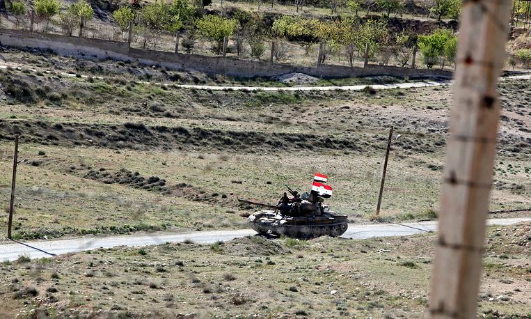 Syrian tank near the village of Maaloula