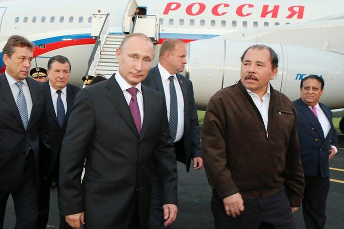 Nicaragua's Daniel Ortega meets Vladimir Putin at Managua airport
