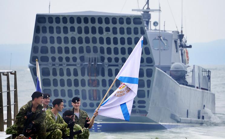 Serna landing craft utility (LCU) during rehearsal for Russian Navy Day parade in Vladivostok