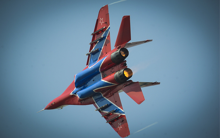 A MiG-29 jet fighter of the Strizhi (Swifts) aerobatic team