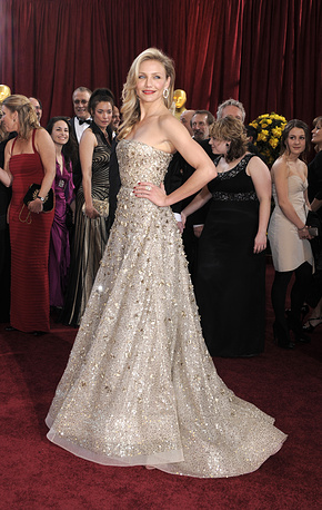 Photo: Cameron Diaz wearing Oscar de la Renta dress during the 82nd Annual Academy Awards at the Kodak Theatre, USA