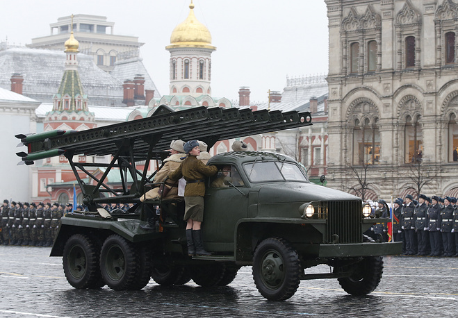 A festive march ended with the showing of weaponry of the Victory. Photo: Katyusha rocket launcher