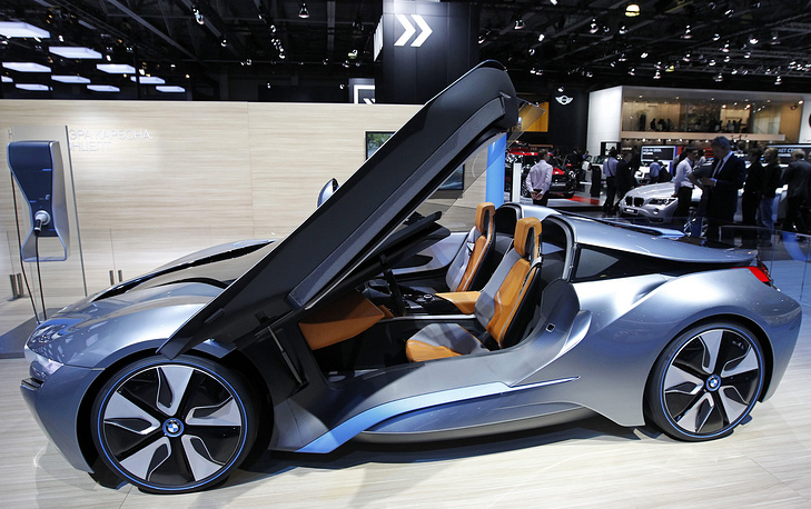 BMW i8 concept car with a hybrid engine