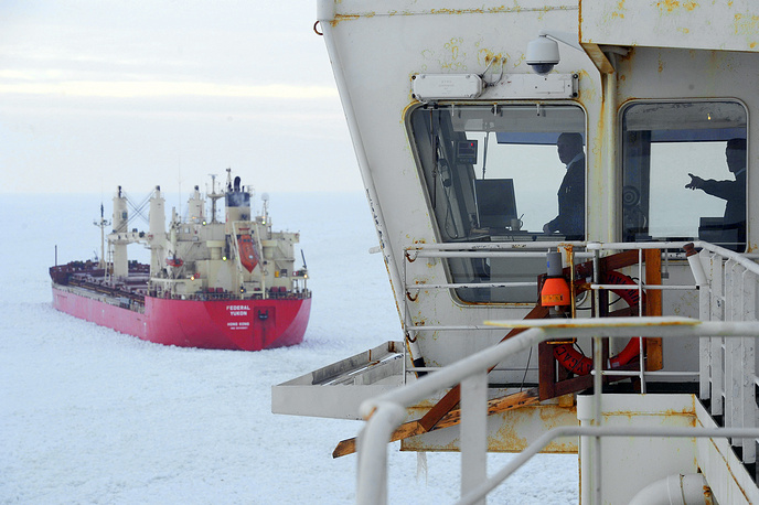 Nuclear icebreakers help to maintain the Northern Sea Route and the North Pole floating research stations. Photo: Nuclear ice breaker Vaigach paving the way through pack ice in the frozen Gulf of Finland for the ships to get to St Petersburg