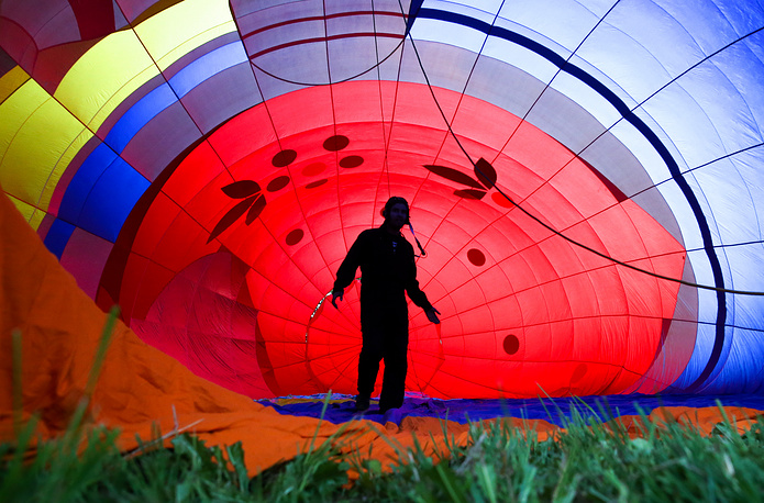 A participant in a hot air balloon festival in the town Sergiev Posad near Moscow