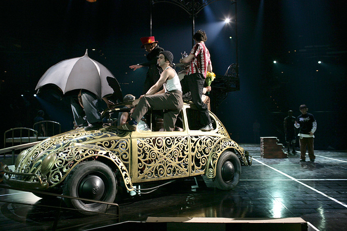 "Cast members of ""Love"", show by Cirque du soleil dedicated to The Beatles during a rehearsal in Las Vegas"