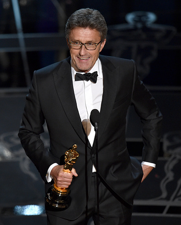 """Ida"", directed by Poland's Pawel Pawlikowski, won the Oscar for Best Foreign Language Film, defeating Russia's ""Leviathan"" by Andrey Zvyagintsev. Photo: Pawel Pawlikowski accepting the award"
