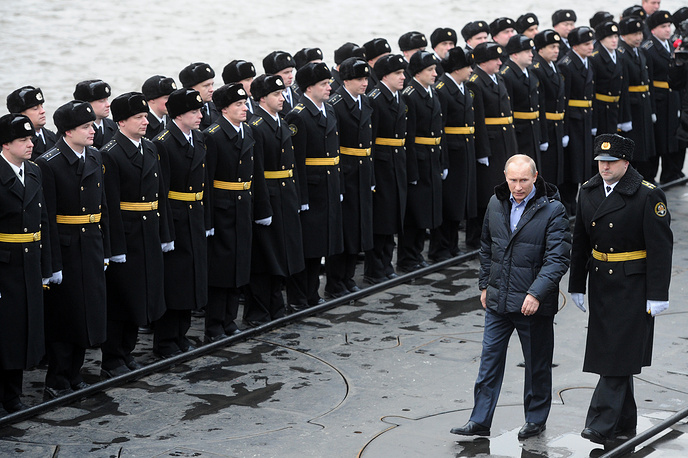 The Defense Ministry plans to build at least eight new Borei-class submarines that should become the main naval component of Russia's strategic nuclear forces. Photo: Vladimir Putin visiting Alexander Nevsky nuclear-powered submarine