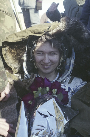 She returned to Earth on March 22, 1995 after a five-month stay at the Mir space station. Kondakova also became the first woman to travel for both the Soyuz programme and the Space Shuttle