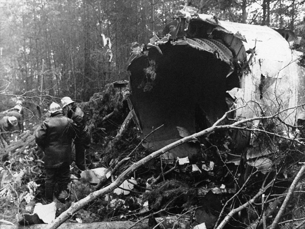 On 3 March 1974 McDonnell Douglas DC-10 crashed outside Paris, France, killing all 346 people on board. Photo: Firemen near the fuselage of the Turkish Airlines DC10 jumbo jet crashed into the Ermenonville forest, north of Paris, 1974
