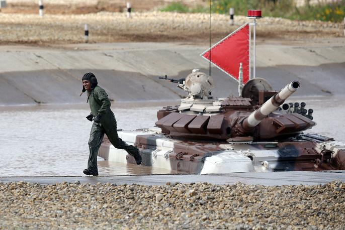 Tank biathlon at the 2015 International Army Games