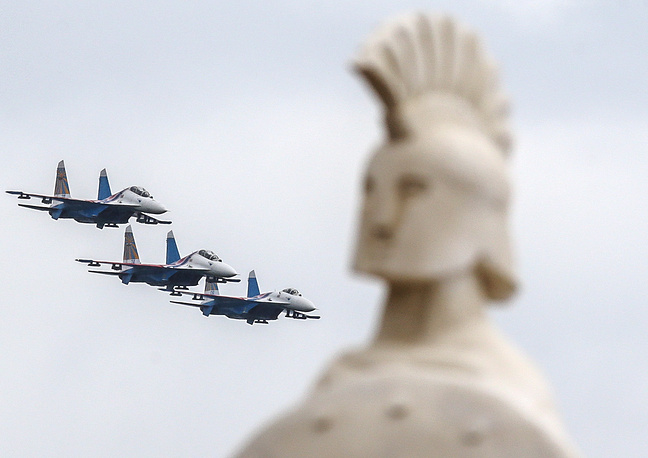 Russkiye Vityazi (Russian Knights) aerobatic team
