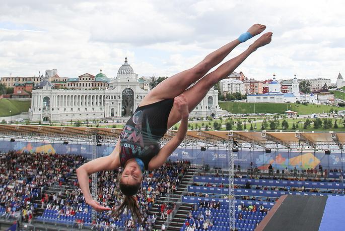 Bronze medalist Yana Nesterova of Belarus seen during the women's 20 meter high dive final, August 4