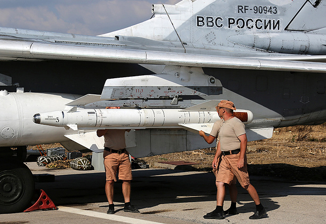 Sukhoi Su-24M at Hmeymim airbase