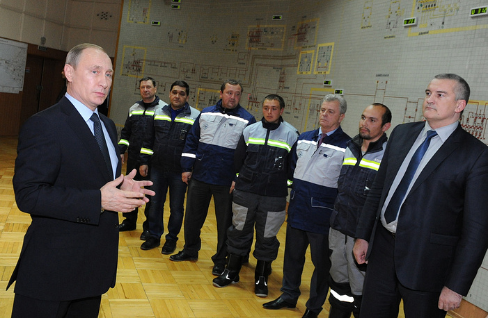 Vladimir Putin at the ceremony of launching the energy bridge