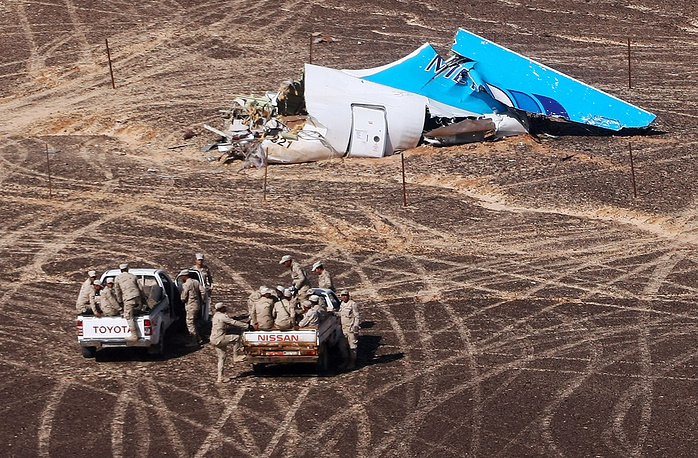 Wreckage at the site where a Russian Airbus A321 crashed in Egypt's Sinai Peninsul as it traveled from Sharm el-Sheikh to St Petersburg, killing all 217 passengers and 7 crew members on board, November 1, 2015