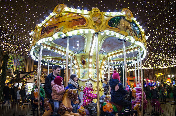 A merry-go-round in Kuznetsky Most Street