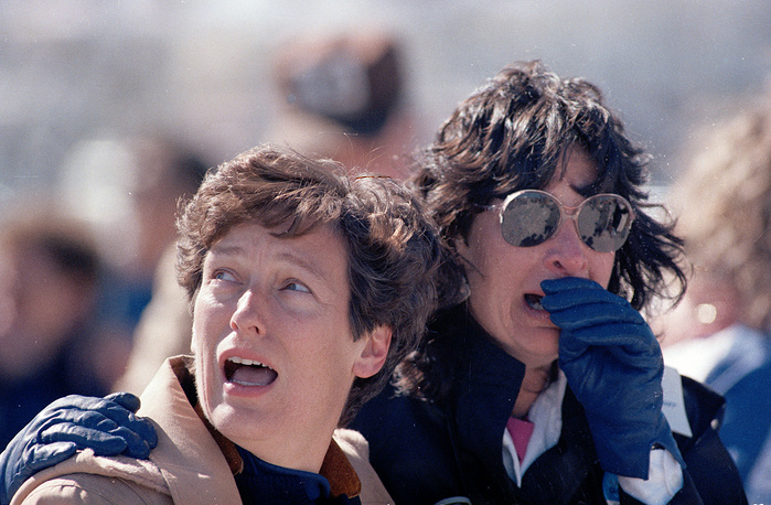 Spectators at the Kennedy Space Center in Cape Canaveral, witnessing the explosion of the Challenger