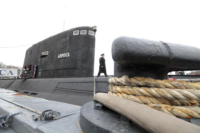 Russian Black Sea Fleet's Alrosa diesel submarine, Project 877
