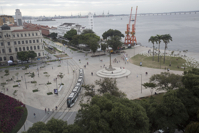 Light rail moving through Plaza Maua in Rio de Janeiro