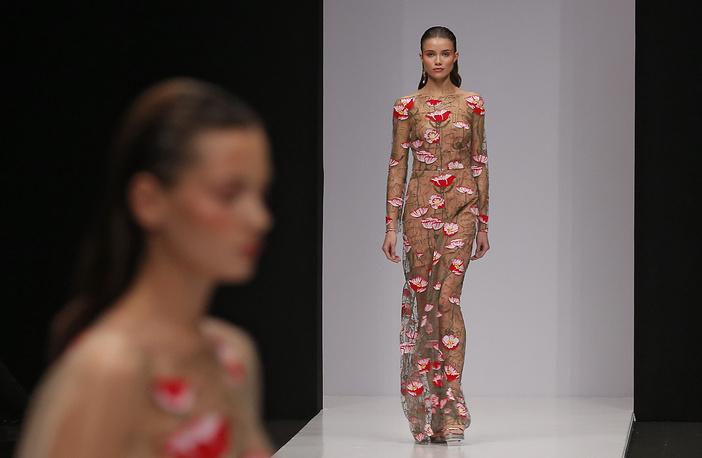 Models in creations by Yasya Minochkina