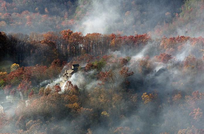 Smoke seen from aboard a National Guard helicopter near Gatlinburg, USA, November 29