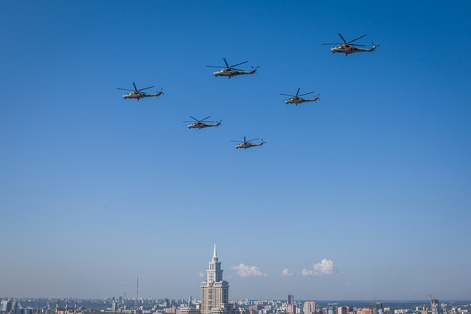 Mi-28N Night Hunter helicopters are designed to carry out search and destroy operations against tanks and armoured vehicles