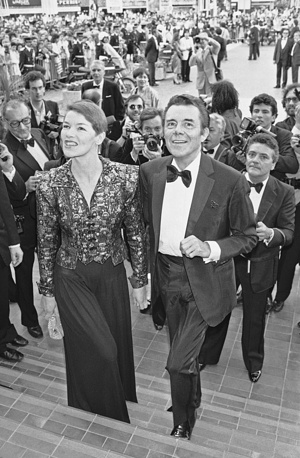 Glenda Jackson and Dirk Bogarde at the 36th Film Festival in Cannes, 1983