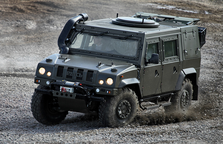 Iveco LMV, a 4WD tactical vehicle, named Rys' (Lynx) in Russia