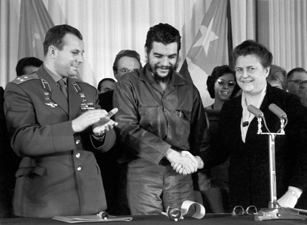 "Soviet cosmonaut Yuri Gagarin and Ernesto Che Guevara at the session of the Society ""Soviet-Cuban Friendship"", 1964"