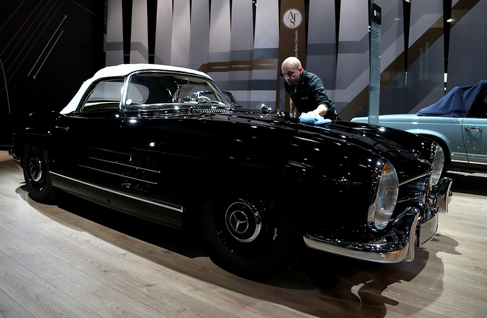 Mercedes-Benz 300 SL Roadster (W 198) from 1957