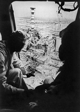 Radiation measuring over Chernobyl nuclear power station, 1986