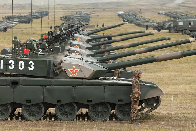 Chinese Type 96 (ZTZ-96) tanks