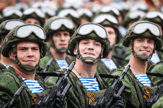 Paratroopers marching in formation in Moscow's Red Square