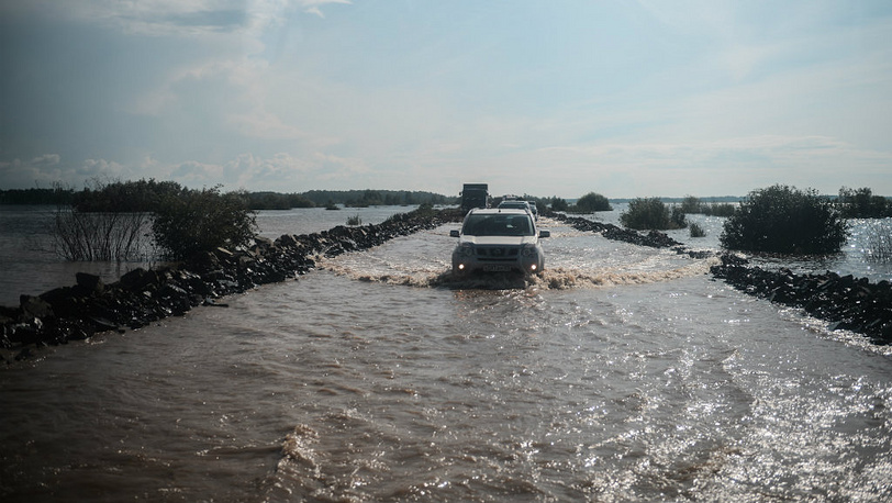 August 25. Flooded Route R454 Khabarovsk-Komsomolsk. Photo ITAR-TASS/ Olga Egoraeva