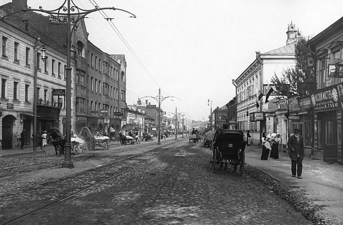 Улица в дореволюционной Москве, 1910 г.