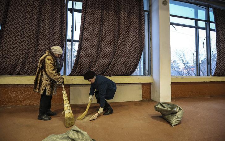 Последствия падения осколков метеорита в Челябинской области