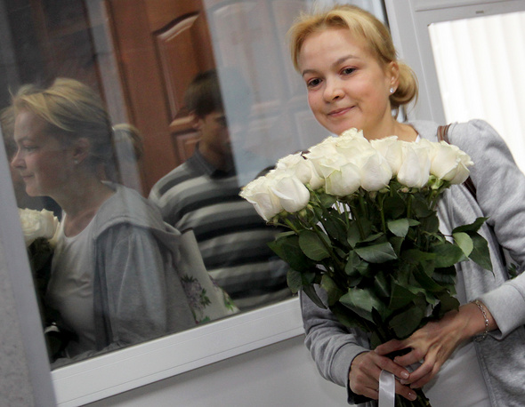 17 июля 2013 года. Бывший шеф-редактор новостного сайта URA.RU Аксана Панова перед началом очередного слушания в Ленинском районном суде Екатеринбурга