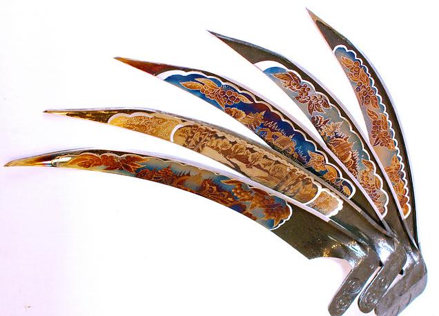 Сувенирные косы с изображением уральских пейзажей