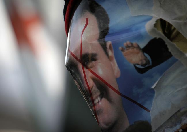 23 мая 2011 г. в черный список ЕС был внесен Башар Асад
