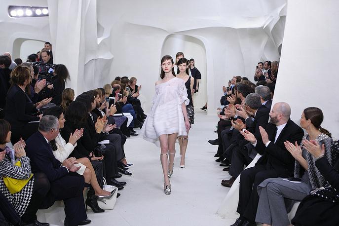 Показ коллекции дома моды Christian Dior